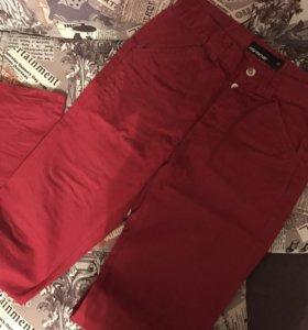 Красные женские джинсы из плотной джинсы