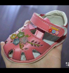 Туфли летние (сандали) кожа
