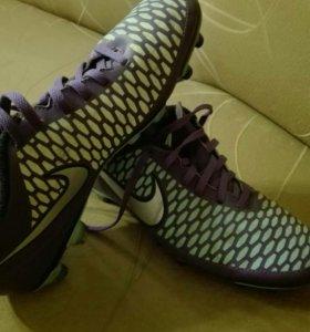 Бутсы Nike Magista 41 размер