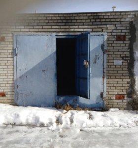Кирпичный гараж 6х4 на Фатьянова