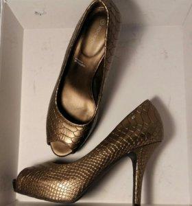 Туфли Rockport натуральная кожа размер 37
