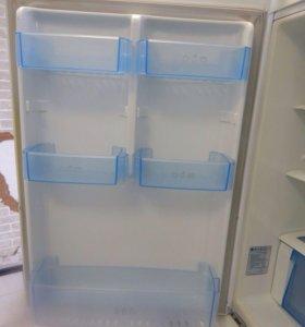Холодильник LG, полный No Frost.