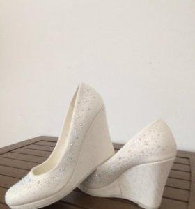 Свадебние туфли