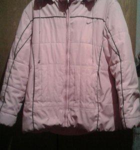Куртка(NIKE)