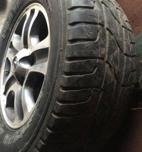 R18 летняя резина на оригинальном литье Lexus 4шт.
