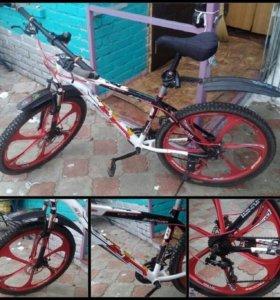 Цена велосипеда на литье 12т.р.торг,на ходу,дисков