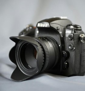 Профзеркалка Nikon D300 и портретник nikkor50 1.8d