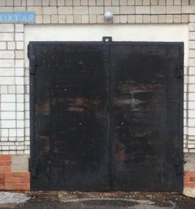 Ворота гаражные с коробкой