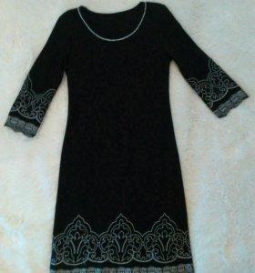 Красивое платье ,42р-р