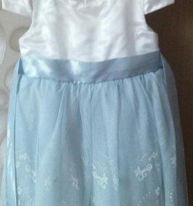 Платье, диадема