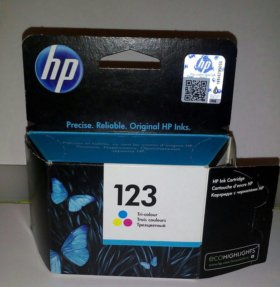 Картридж HP 123 tri-colour (цветной)