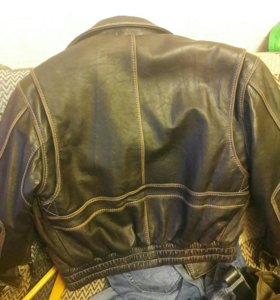 Кожанная куртка pretender