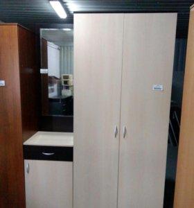Прихожая: зеркало 450х2100х450 и шкаф 900х2100х500