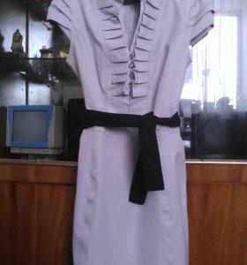 Платье женское 42-44 размера
