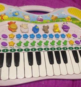 Детское пианино,новое в коробке