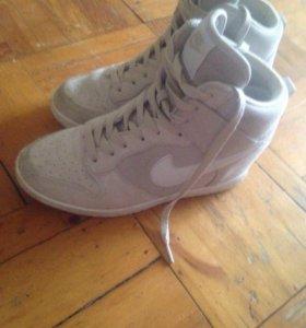 Обувь(кроссовки) Nike