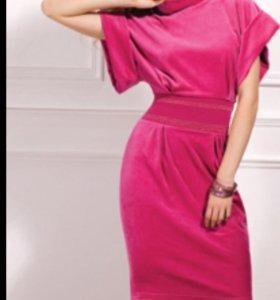 Платье велюр новое Incanto