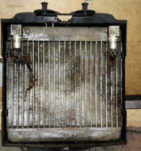 Дополнительный радиатор мотора для BMW