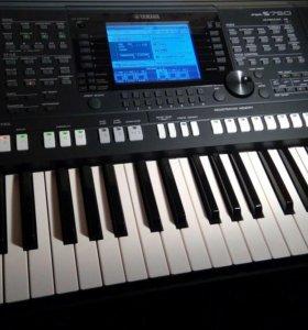 PSR S750 - Синтезатор Yamaha PSR-S750