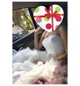 Свадебное платье в стиле VERA WANG