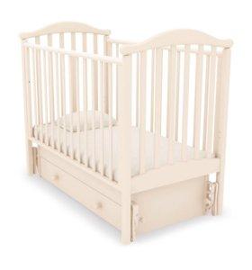 Детская кроватка с универсальным маятником