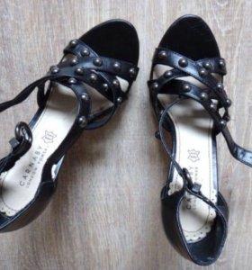 Босоножки женские Туфли новые 37р Carnaby черные