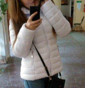 Новая белая куртка