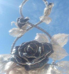 Большая,средняя и бутон роз,сделанные бисером