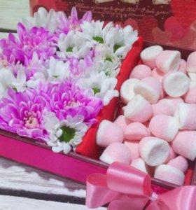 Композиции из живых цветов, подарки для любимых
