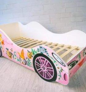 Кроватка-машинка Бельмарко