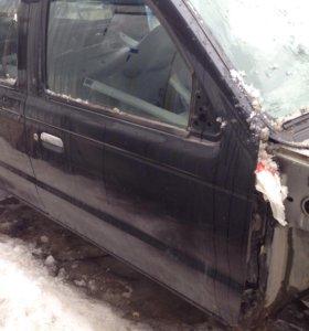 Дверь передняя правая Мазда B2500, Ford Ranger