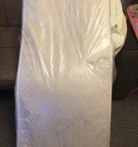 Детский матрас ,кроватка ,одеяло,подушечка