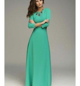 Мятное платье в пол 42-44