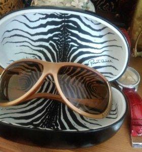 Солнцезащитные очки Roberto Cavali