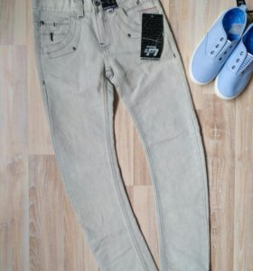 Новые джинсы (Германия).