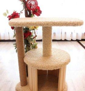 Домик для кошки из дерева и ковролина