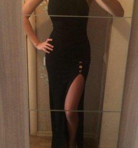 Сногсшибательное брендовое платье