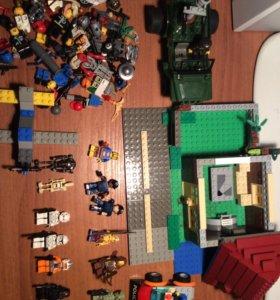 Лего (дом,2 машинки,человечки и детальки )