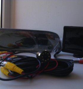 Зеркало и мини монитор
