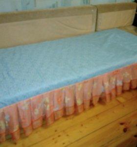 Шторы и покрывало на кровать