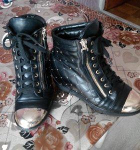 Ботинки женские б/у.размер 38