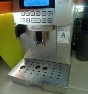 Кофемашина De Longhi ECAM22.36X