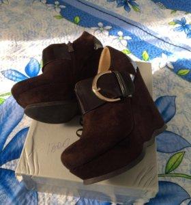 Туфли в отлично состоянии