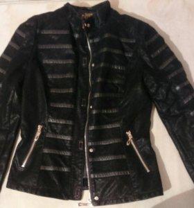 Новая курточка, осень-весна.