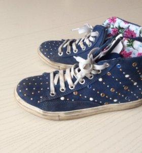 Кеды, ботинки б/у для девочки