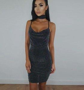 Платье с чокером новое
