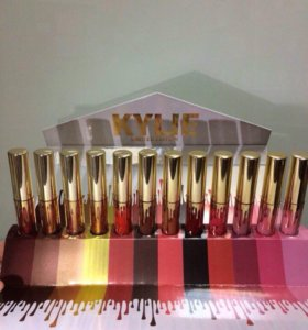Помада Kylie Matte Liquid Lipstick