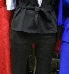 Новый костюм 42-44