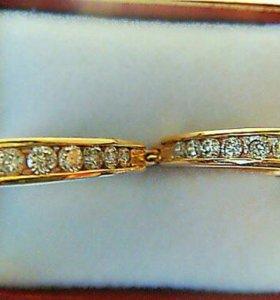 Серьги из желтого золота с бриллиантами 1 кт