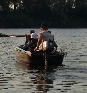 Лодка стеклопластиковая Лагуна